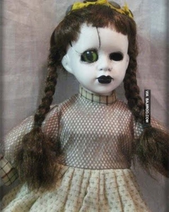 creepy-doll-weird